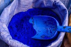 Голубой порошок цвета, Chefchaouen, Марокко стоковое изображение rf