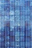 голубой промышленной квадрат взгляда сделанный по образцу панелью солнечный стоковое фото