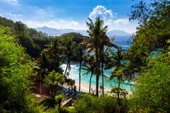 Голубой пляж лагуны на тропическом острове Бали Стоковые Изображения RF