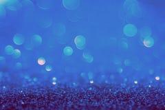 Голубой свет bokeh круги запачканные нежностью светлое белого и Стоковая Фотография