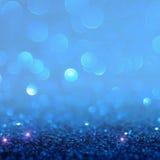 Голубой свет bokeh круги запачканные нежностью светлое белого и Стоковые Изображения