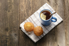голубой чай лимона чашки Стоковая Фотография
