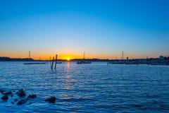 Голубой час на озере Стоковая Фотография