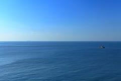 голубой штиль на море Стоковая Фотография