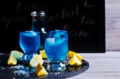 голубой льдед питья Стоковая Фотография RF