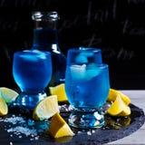 голубой льдед питья Стоковая Фотография