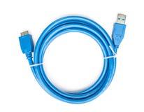 Голубой usb кабеля к изолированному microusb 3 Стоковые Изображения RF