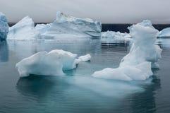Голубые айсберги в Гренландии Стоковая Фотография RF