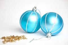 Голубые безделушки рождества Стоковая Фотография