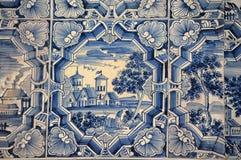 Голубые белые картины на изразцовой печи Стоковое Фото