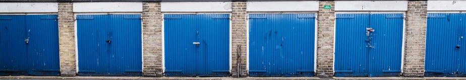 Голубые двери гаража Стоковая Фотография