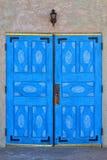 Голубые двери церков San Ysidro Стоковая Фотография
