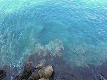 голубые волны поверхностной вода моря Стоковые Изображения RF