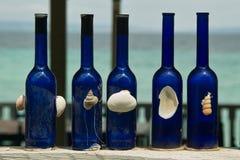 Голубые декоративные бутылки Стоковое Фото