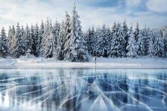 Голубые лед и отказы на поверхности  стоковые изображения rf
