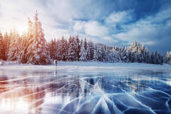 Голубые лед и отказы на поверхности  стоковое изображение