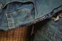 голубые джинсы предпосылки славные Стоковые Изображения RF