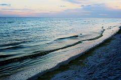 Голубые & зеленые волны Стоковое Изображение RF