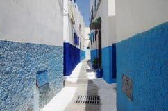 Голубые и белые улицы Рабата Стоковое Изображение