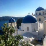 Голубые куполы Santorini Стоковое Изображение RF