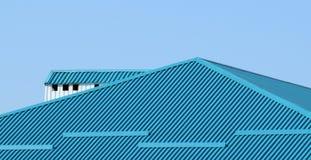 Голубые металлические листы крыши Стоковая Фотография RF