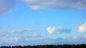 голубые облака Промежуток времени видеоматериал