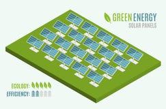 голубые панели склоняли солнечный взгляд Плоская сеть 3d равновеликая Современная альтернативная энергия зеленого цвета Eco Стоковая Фотография