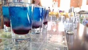 Голубые пить Стоковые Изображения RF