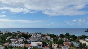 голубые тени моря города стоковое фото rf