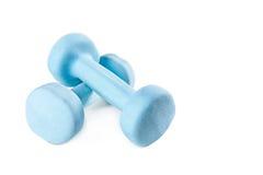 2 голубых гантели изолированной на белой предпосылке Стоковая Фотография RF