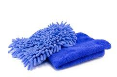 2 голубых обтирая одежды изолированной на белизне Стоковое Фото