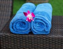 2 голубых полотенца для бассейна Стоковое Изображение