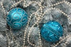 2 голубых шарика рождества Стоковое Изображение RF