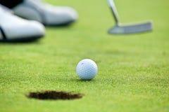 Гольф-клуб на поле для гольфа стоковые изображения rf