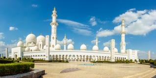 грандиозный zayed шейх мечети стоковые изображения