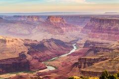 Гранд-каньон, Аризона, США от южной оправы стоковое изображение