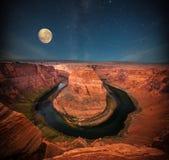 Гранд-каньон вечером стоковые фото