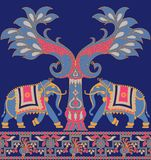 Граница безшовного павлина слона традиционная иллюстрация вектора