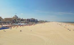 Грандиозная гостиница Kurhaus Гаага на пляже и прогулке Sche Стоковое Фото