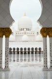 Грандиозная мечеть Абу-Даби Стоковое фото RF
