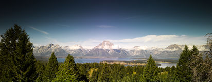 Грандиозная панорама национального парка Tetons Стоковые Фотографии RF