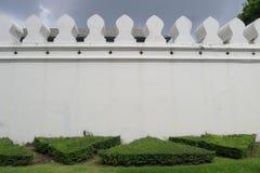 Грандиозная стена дворца в Бангкоке стоковое фото
