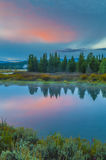 Грандиозное отражение Teton на восходе солнца Стоковая Фотография