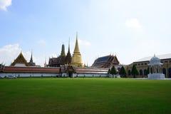 Грандиозные дворец и висок изумрудного Будды Стоковая Фотография