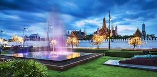 Грандиозный дворец & изумрудный висок Будды, Бангкок, Таиланд Стоковое Изображение RF
