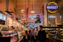Грандиозный интерьер центрального рынка Стоковые Изображения