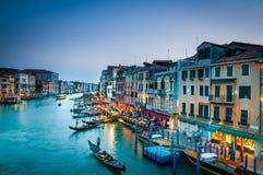 Грандиозный канал Венеция цветастая Стоковые Изображения