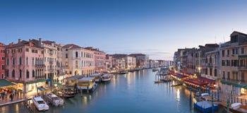 Грандиозный канал, виллы и гондолы, Венеция Стоковая Фотография