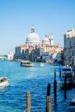 Грандиозный канал в Венеции, Италии Стоковое Изображение