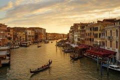 Грандиозный канал на заходе солнца в Венеции Стоковое Изображение